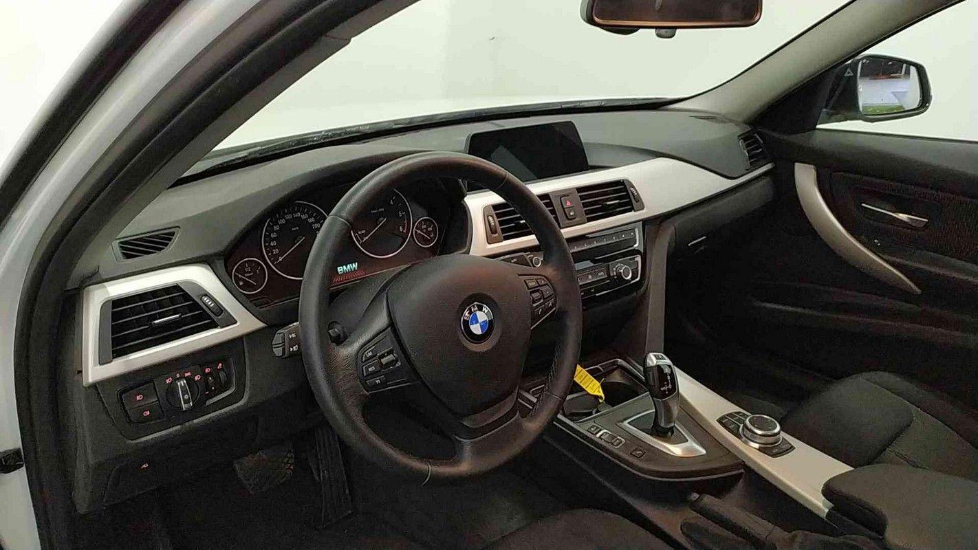 BMW Serie 3 13