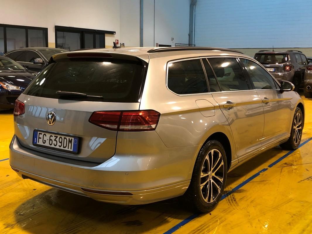 Volkswagen Passat Variant 5