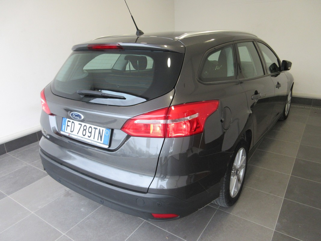 Ford Focus 1.5 TDCi 120 CV S&S Business SW 2014 3