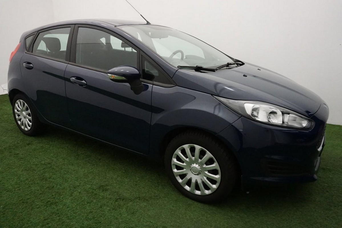 Ford Fiesta 1.5 TDCi 95CV 5 porte Business 2015 4