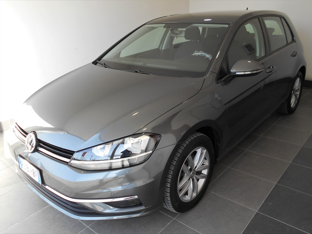 Volkswagen Golf 0