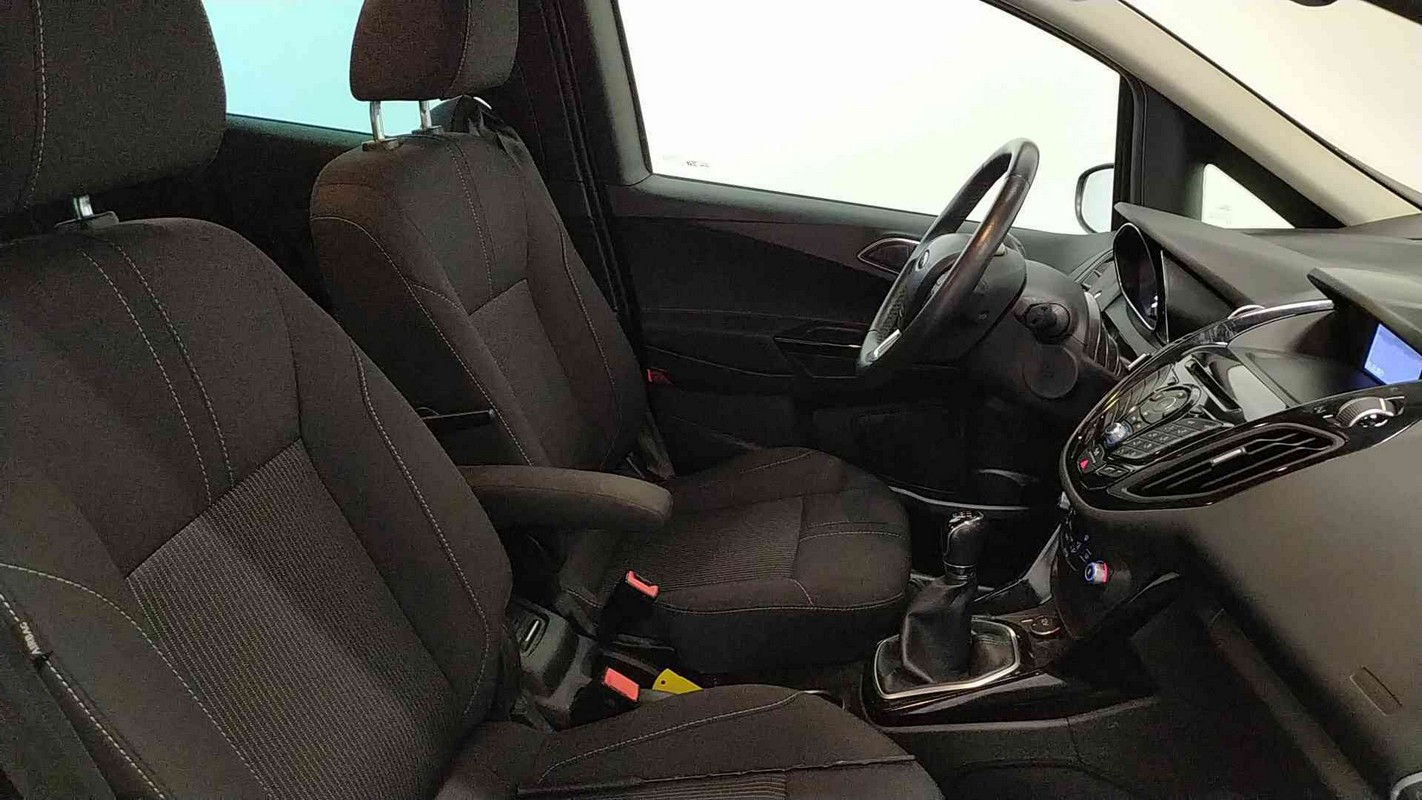 Ford B-Max 10