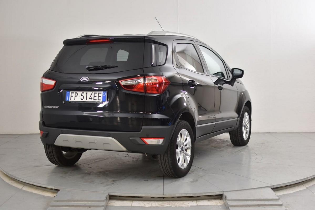 Ford EcoSport 6
