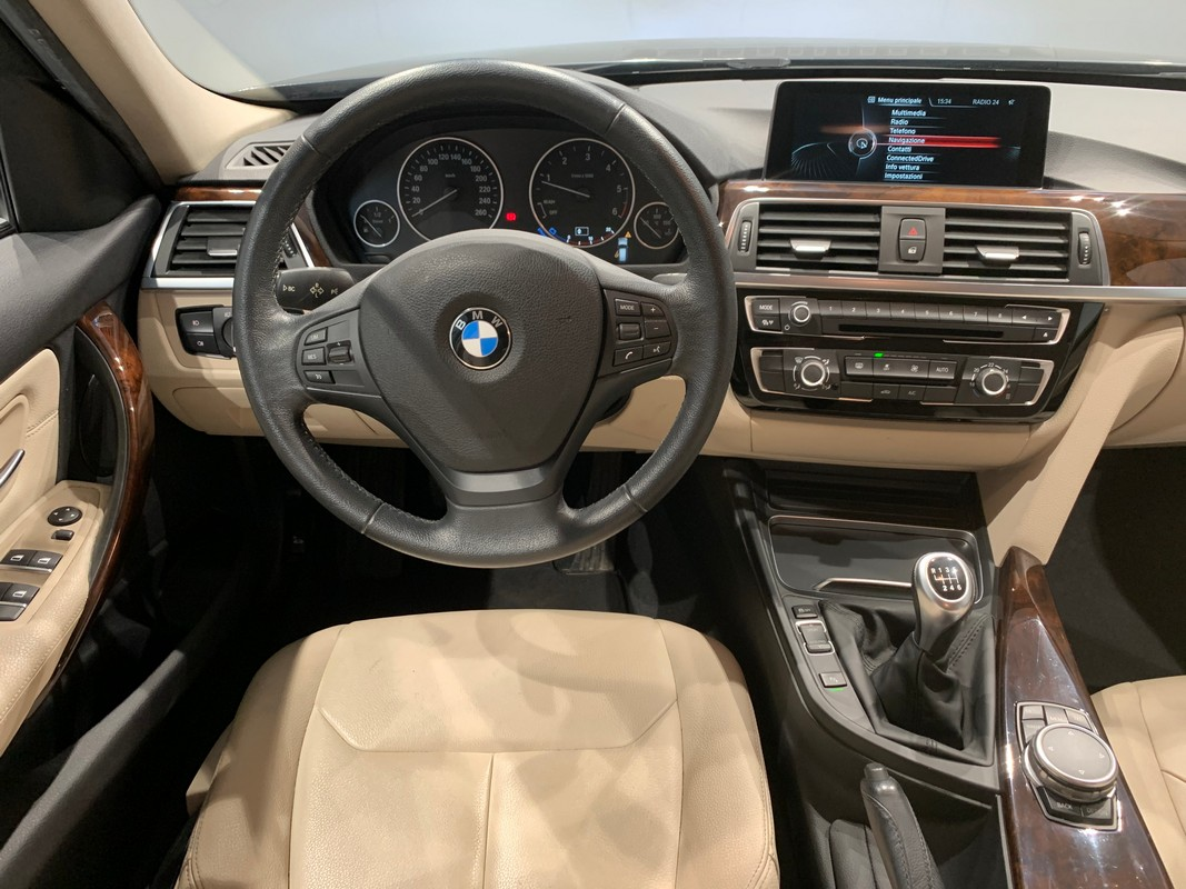BMW Serie 3 Touring 13