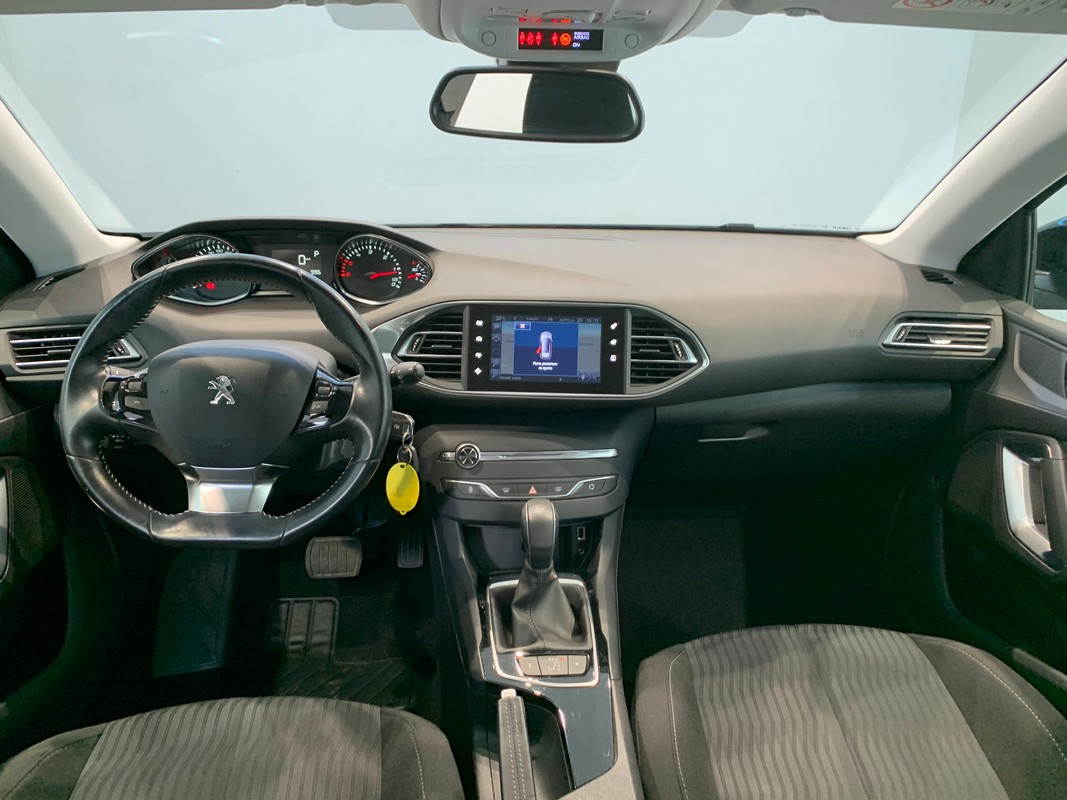 Peugeot 308 SW 12