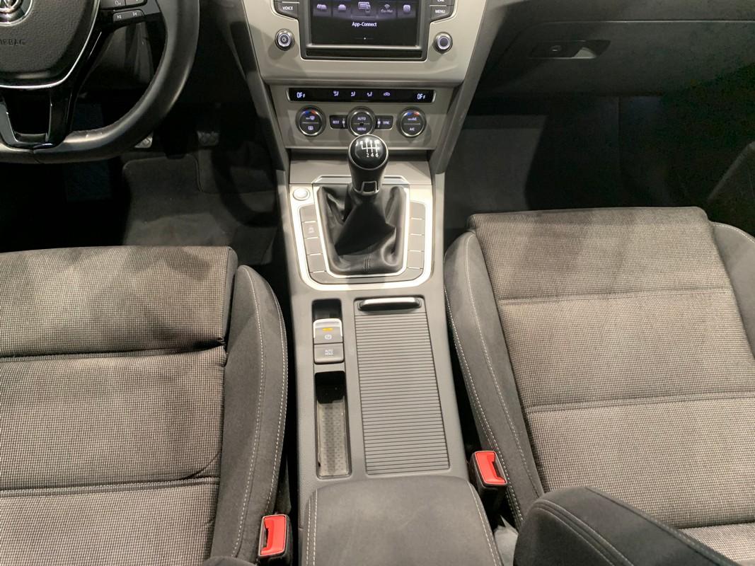 Volkswagen Passat Variant 14