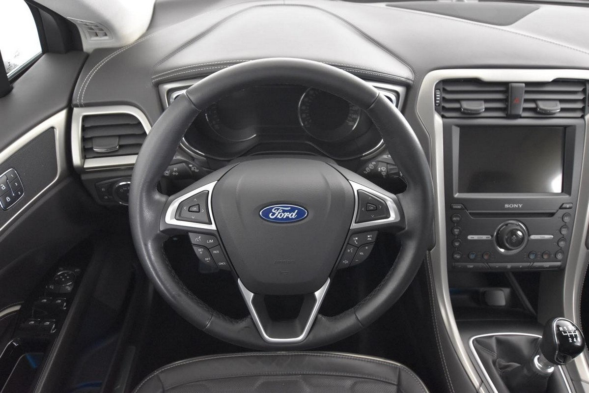 Ford Mondeo SW 16
