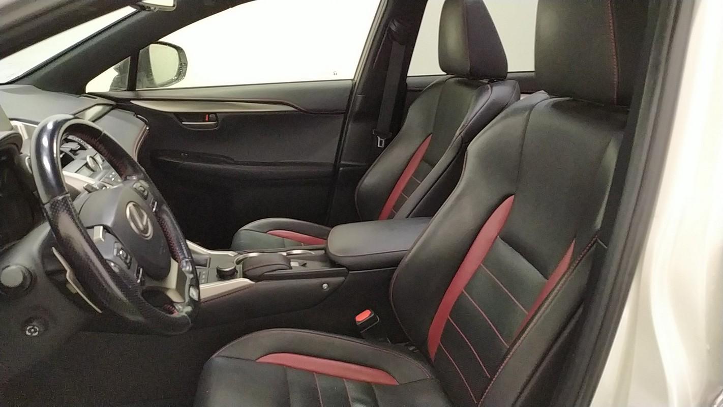 Lexus NX Hybrid 9