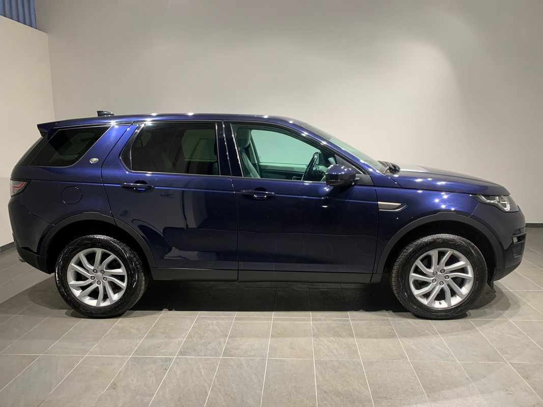 Land Rover Discovery Sport 4
