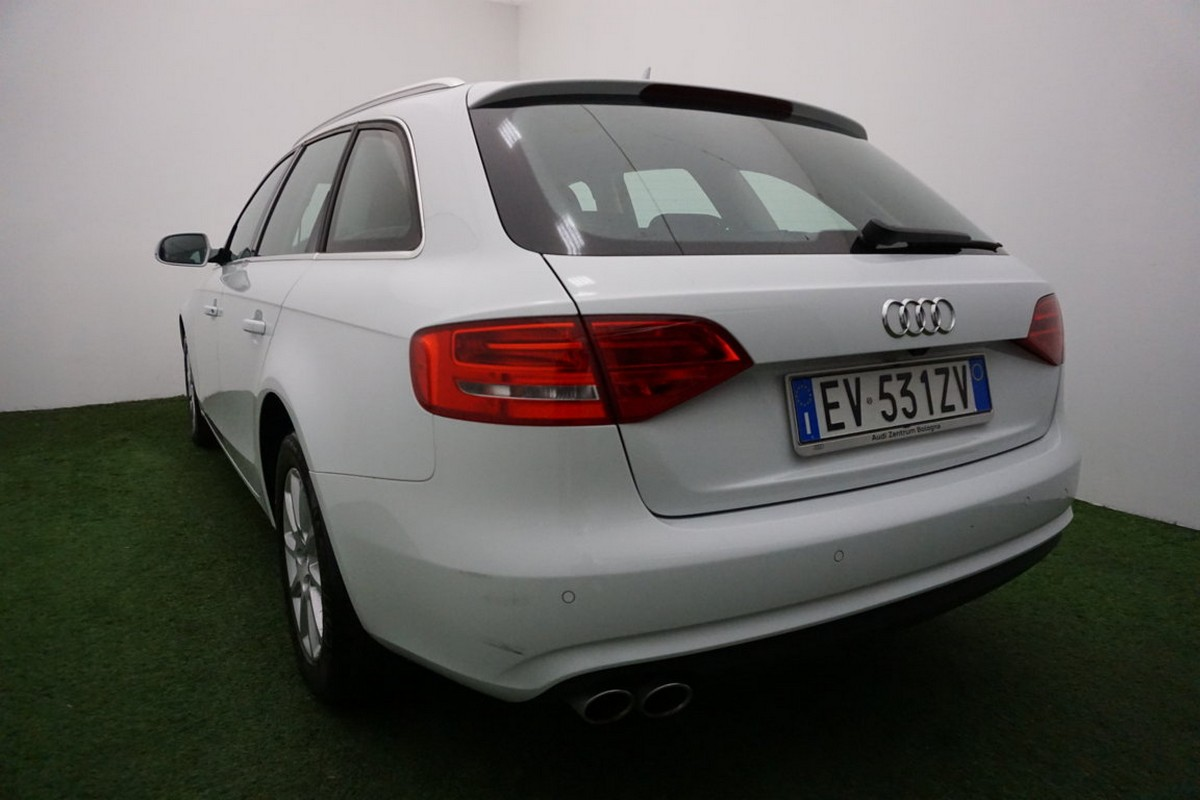 Audi A4 Avant 2.0 TDI clean diesel Business 2014 1