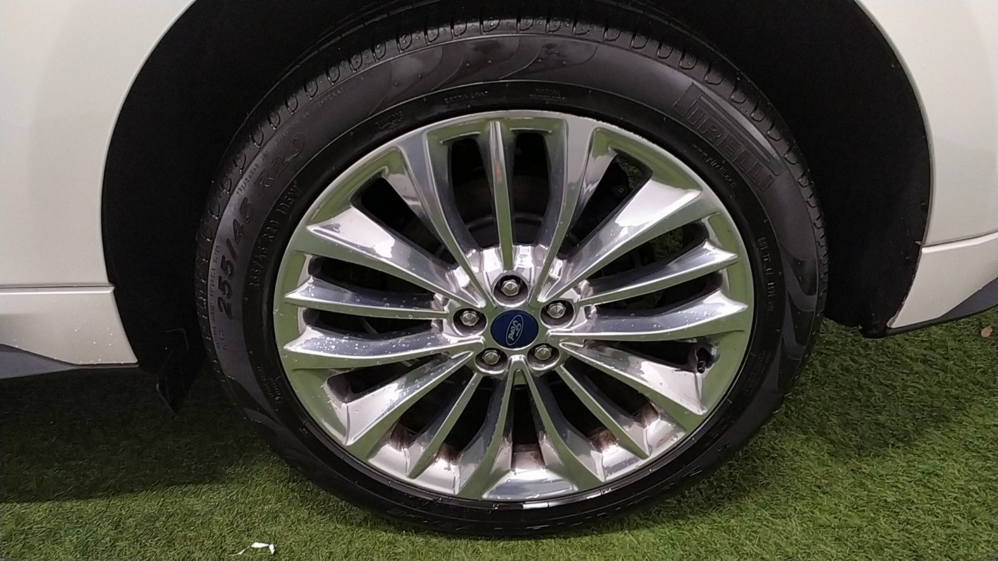 Ford Edge 20