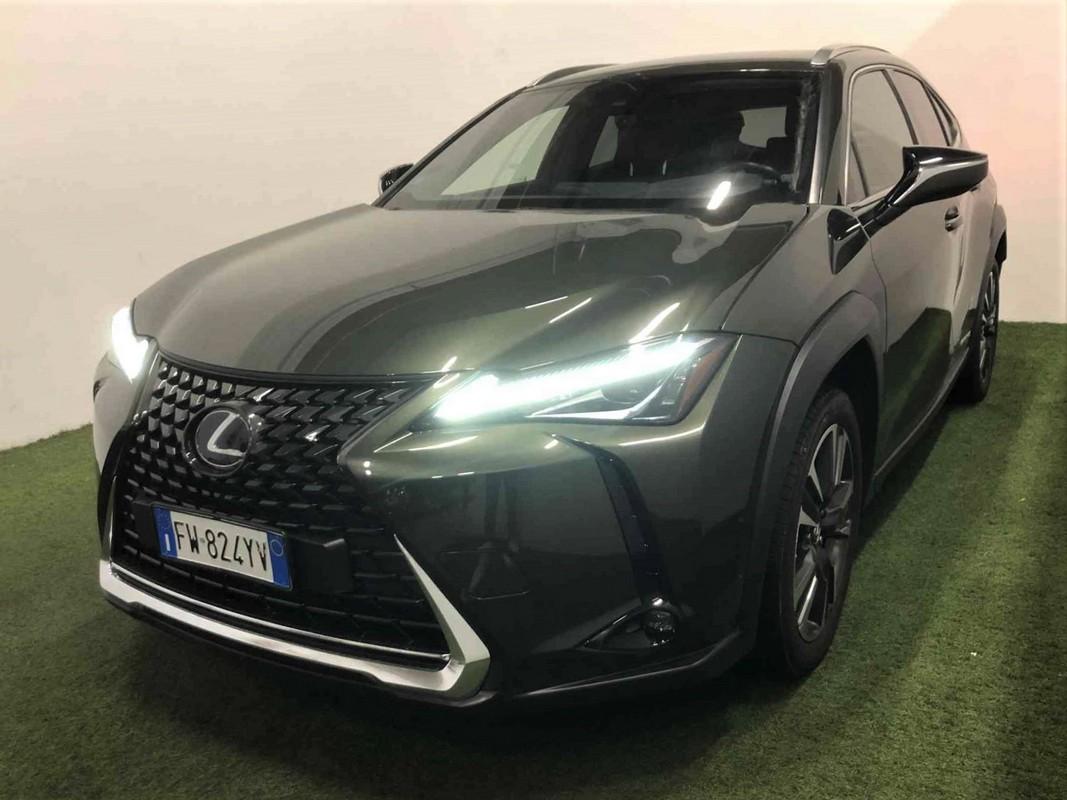 Lexus UX Hybrid 0