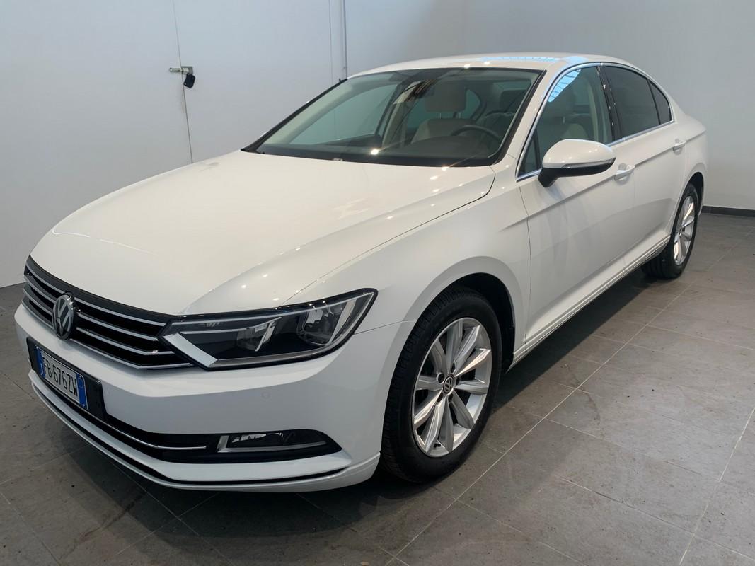 Volkswagen Passat 0