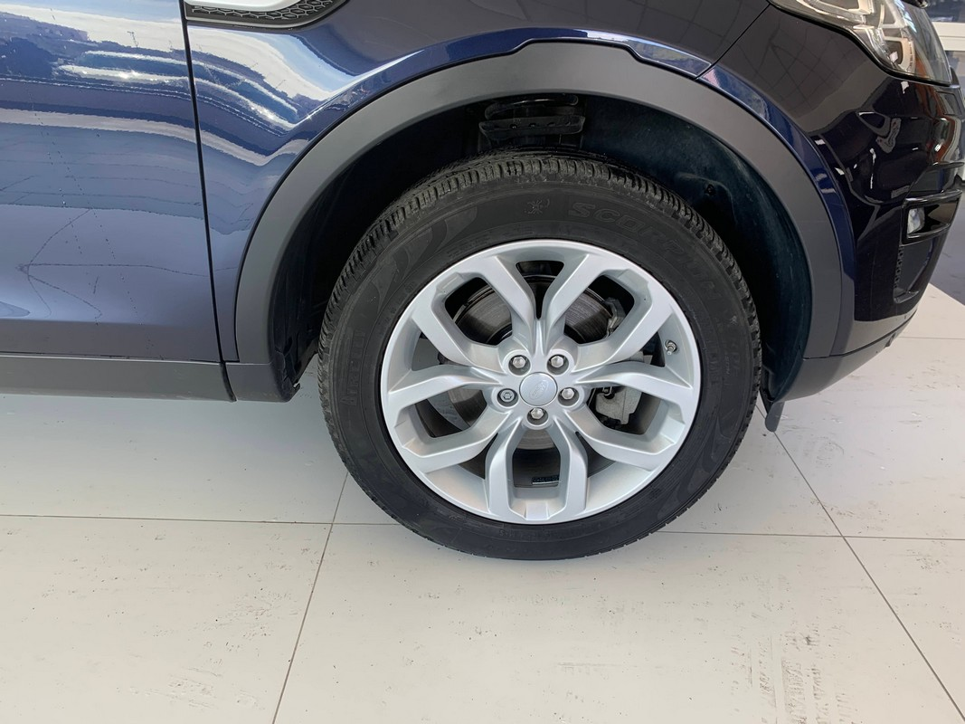 Land Rover Discovery Sport 19