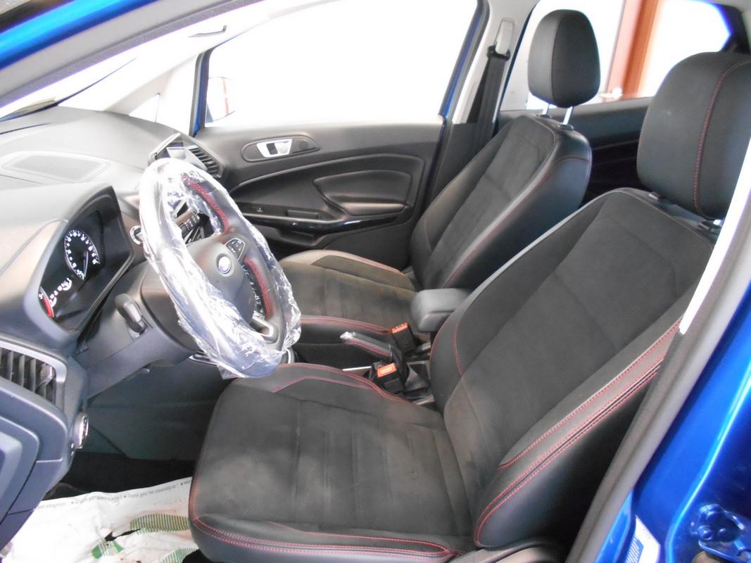 Ford EcoSport 7