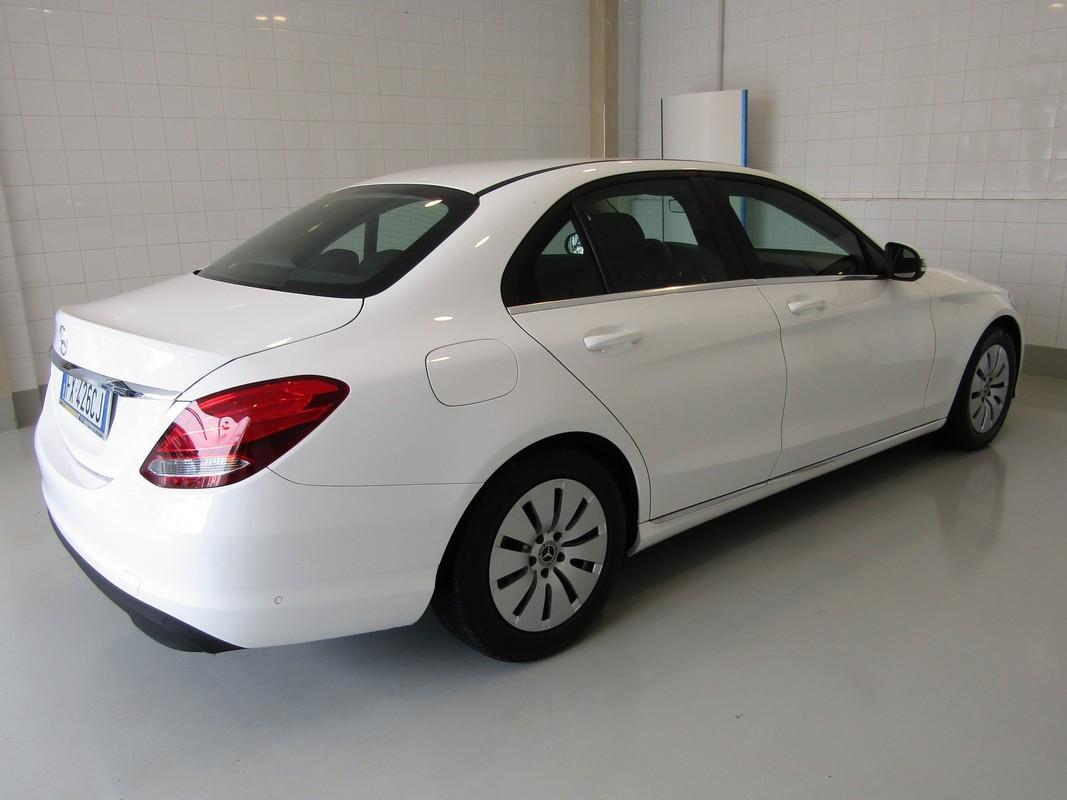 Mercedes-Benz Classe C 6