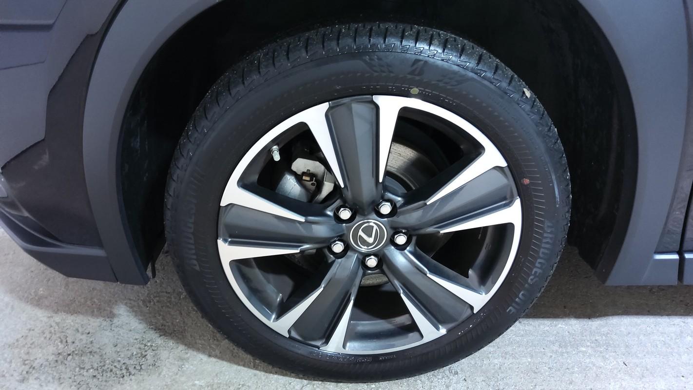 Lexus UX Hybrid 16