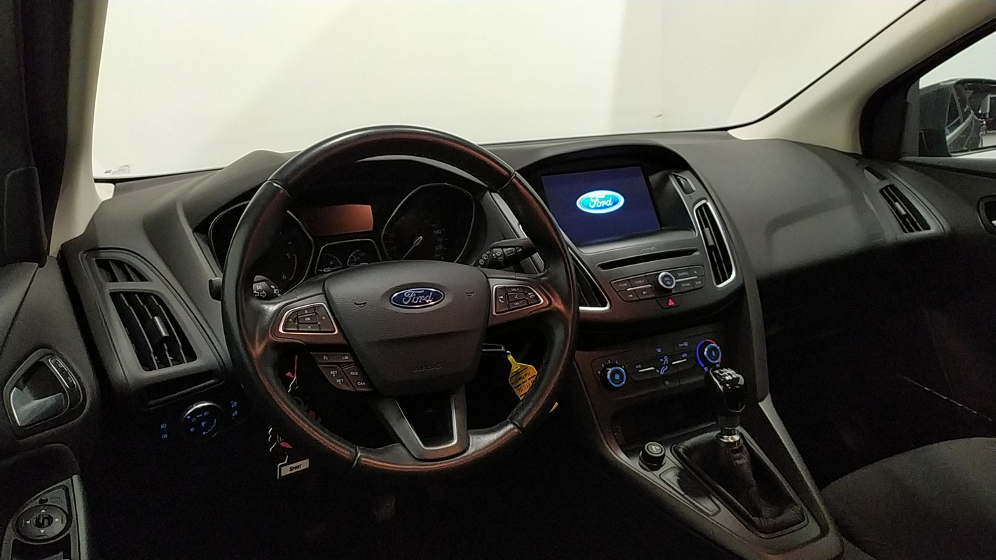 Ford Focus SW 14