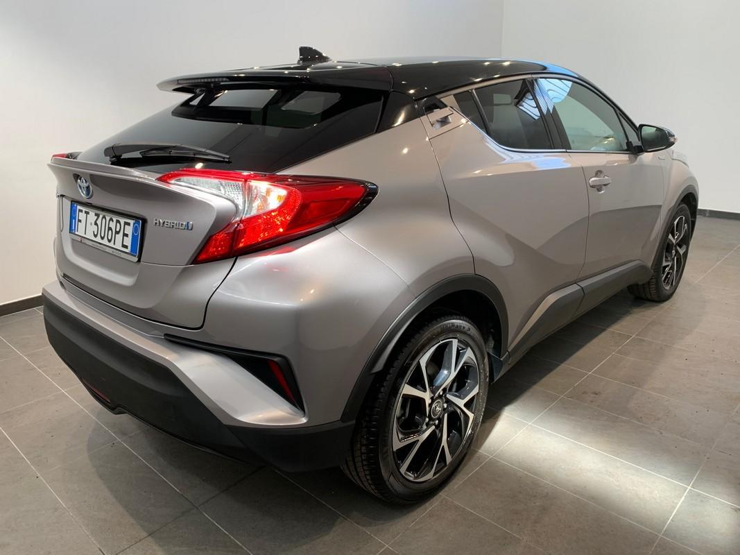 Toyota C-HR Hybrid 5