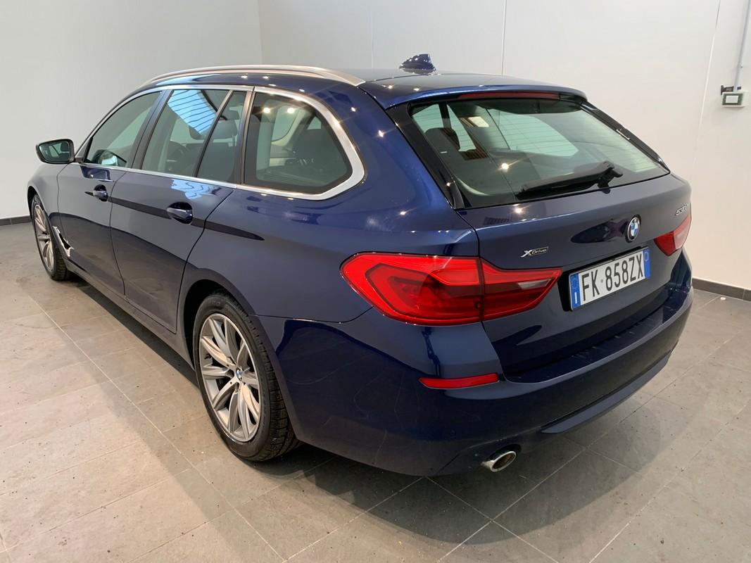 BMW Serie 5 Touring 1