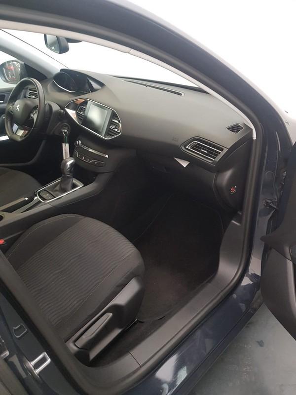 Peugeot 308 SW 10