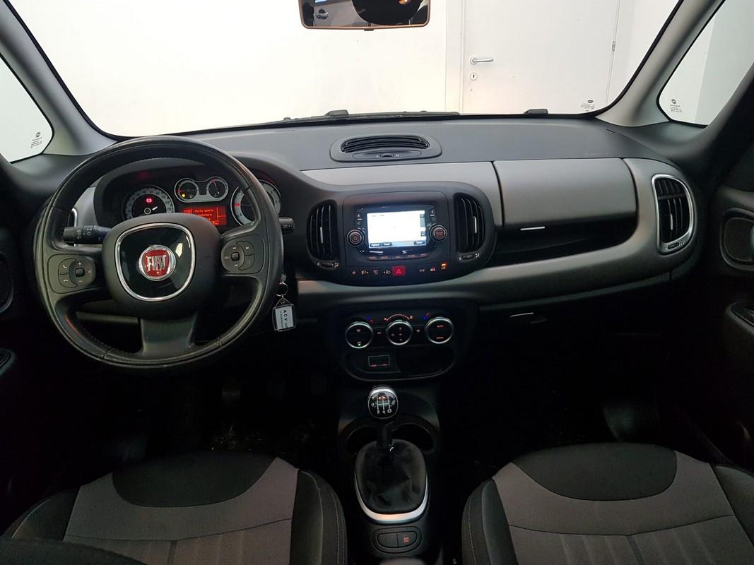 Fiat 500L 13