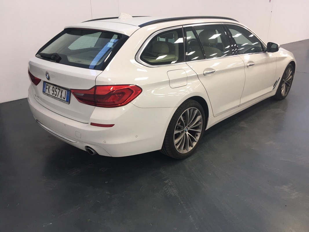 BMW Serie 5 Touring 7