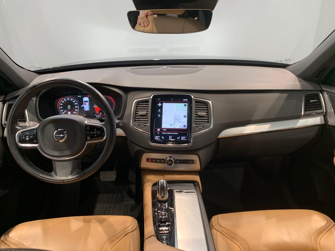 Volvo XC90 Hybrid 12