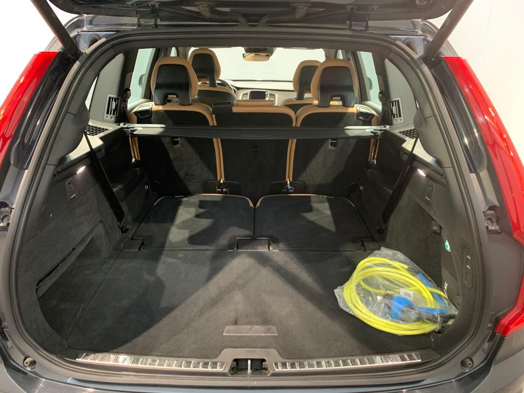 Volvo XC90 Hybrid 7