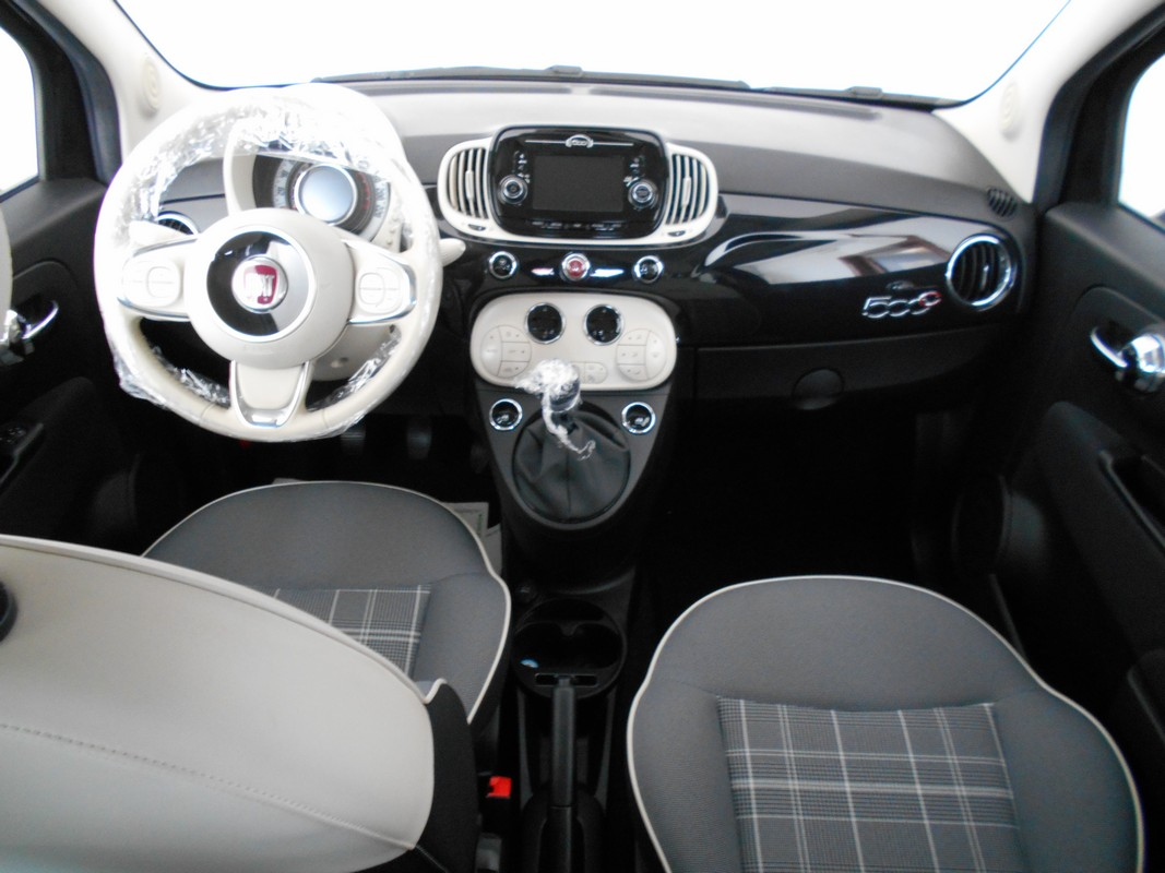 Fiat 500 Cabrio 13