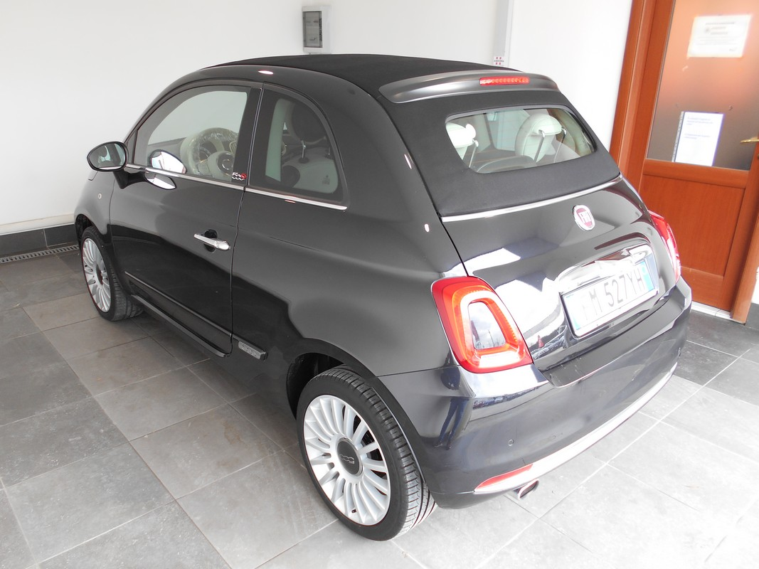 Fiat 500 Cabrio 1