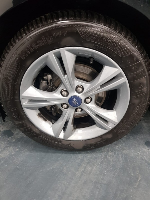 Ford C-Max 21