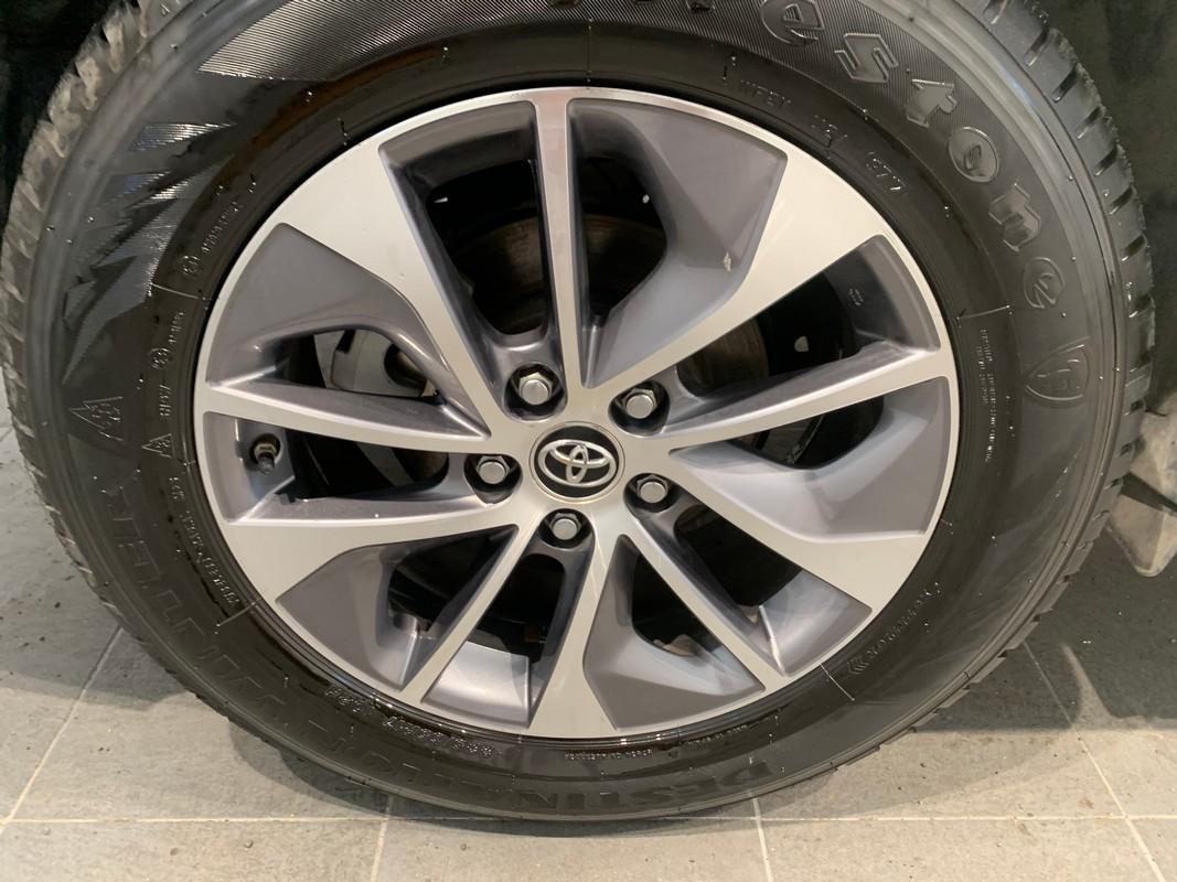 Toyota RAV4 Hybrid 22