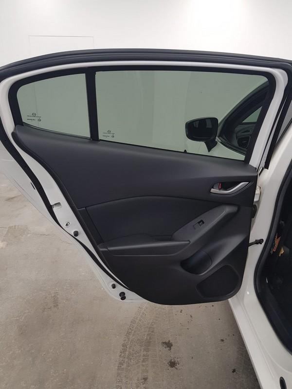 Mazda Mazda 3 17