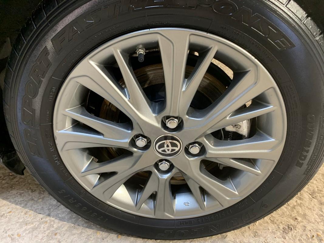 Toyota Yaris Hybrid 21