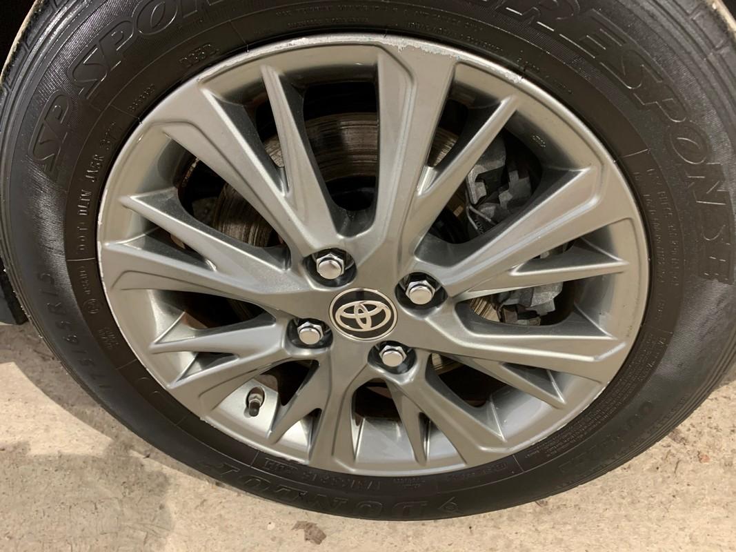 Toyota Yaris Hybrid 23