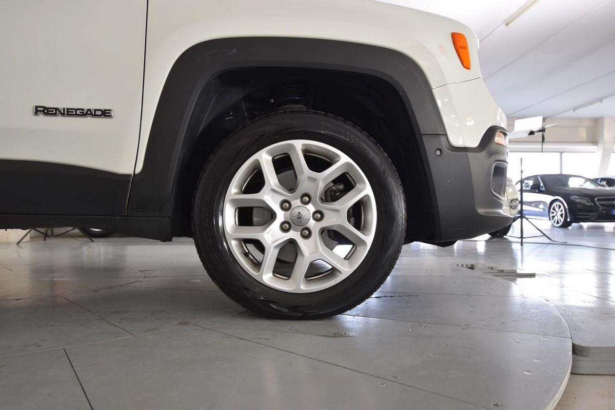 Jeep Renegade 21