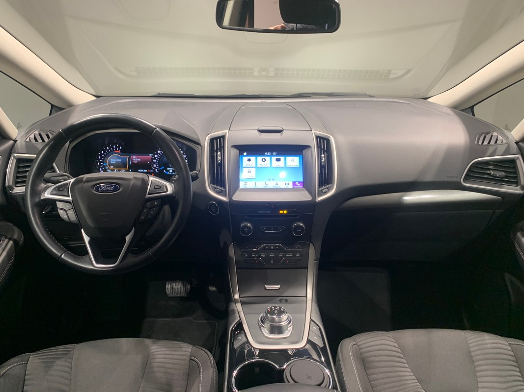 Ford S-Max 12