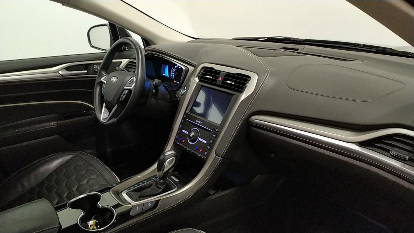 Ford Mondeo Hybrid 11