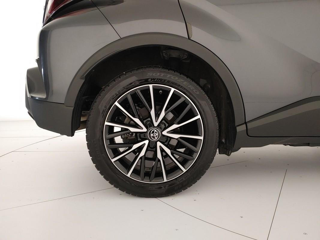 Toyota C-HR Hybrid 20
