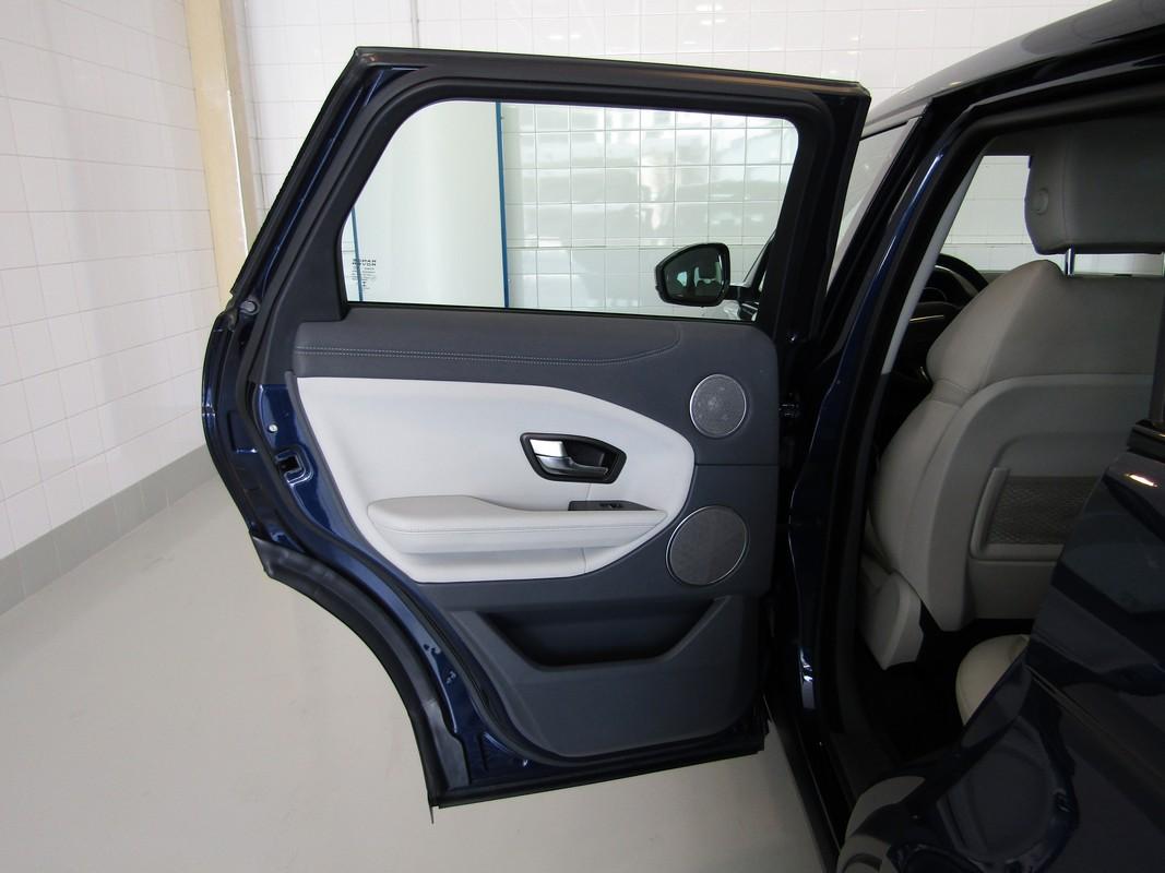 Land Rover Range Rover Evoque 26