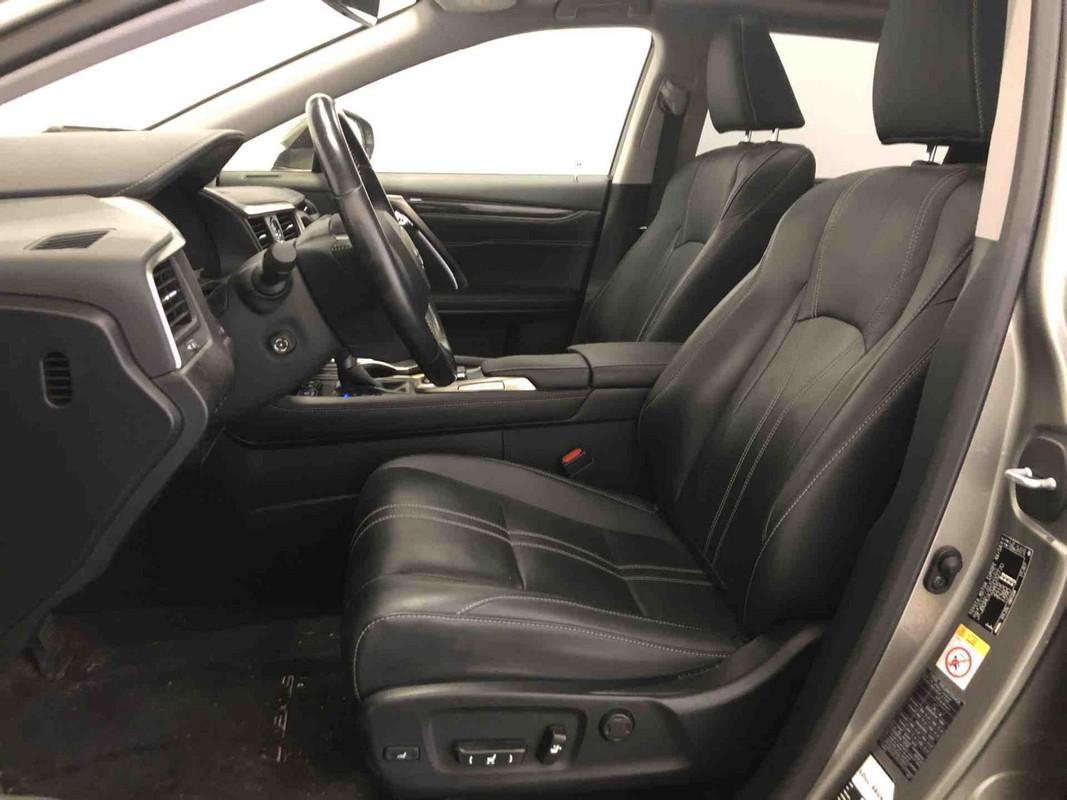 Lexus RX Hybrid 9