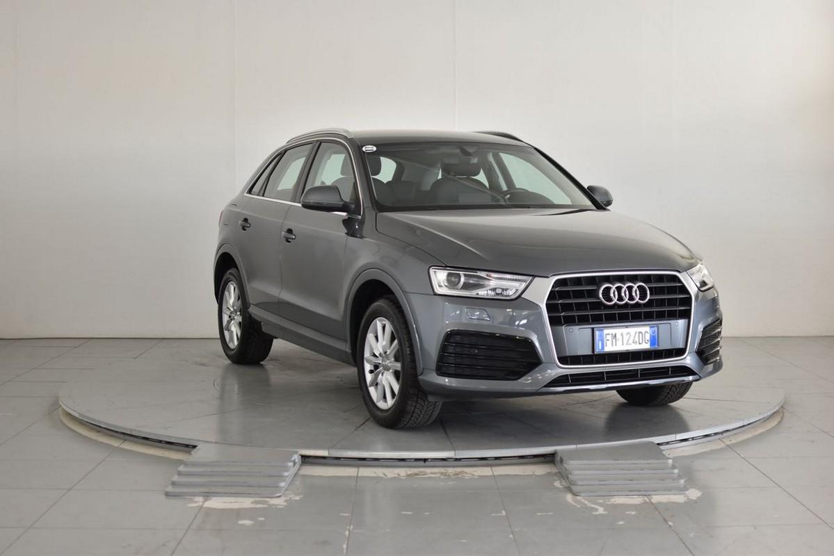 Audi Q3 4