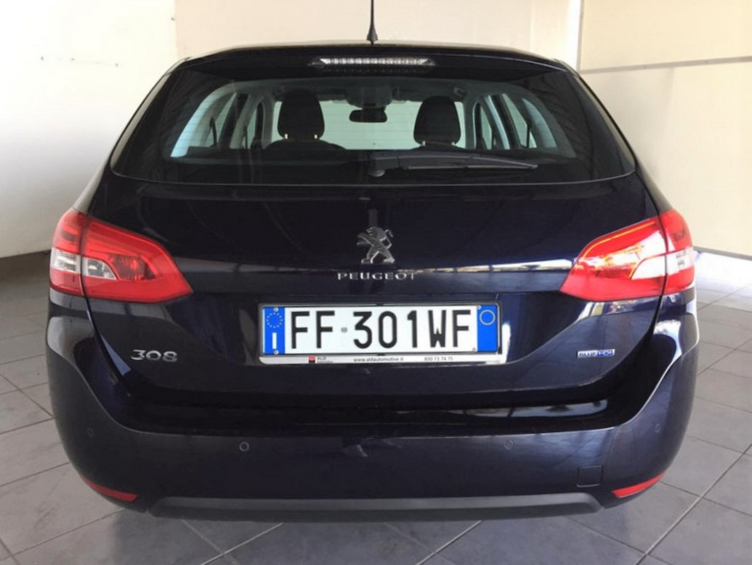 Peugeot 308 SW BlueHDi 120 EAT6 S&S Business Station Wagon 2015 6