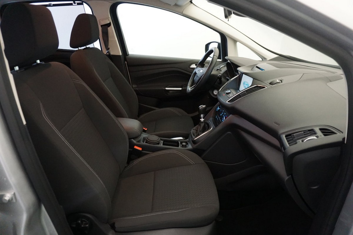 Ford C-Max 1.5 TDCi 120 CV S&S Business 2016 9