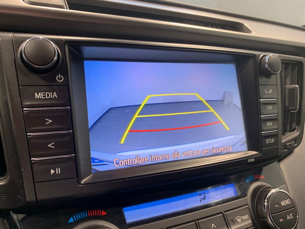Toyota RAV4 Hybrid 18