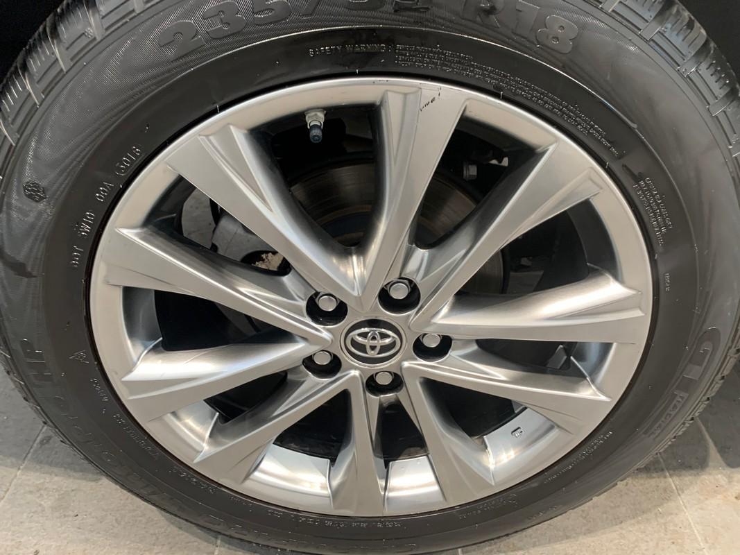 Toyota RAV4 Hybrid 24