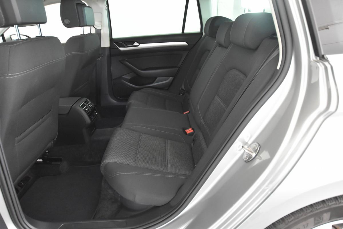 Volkswagen Passat Variant 13