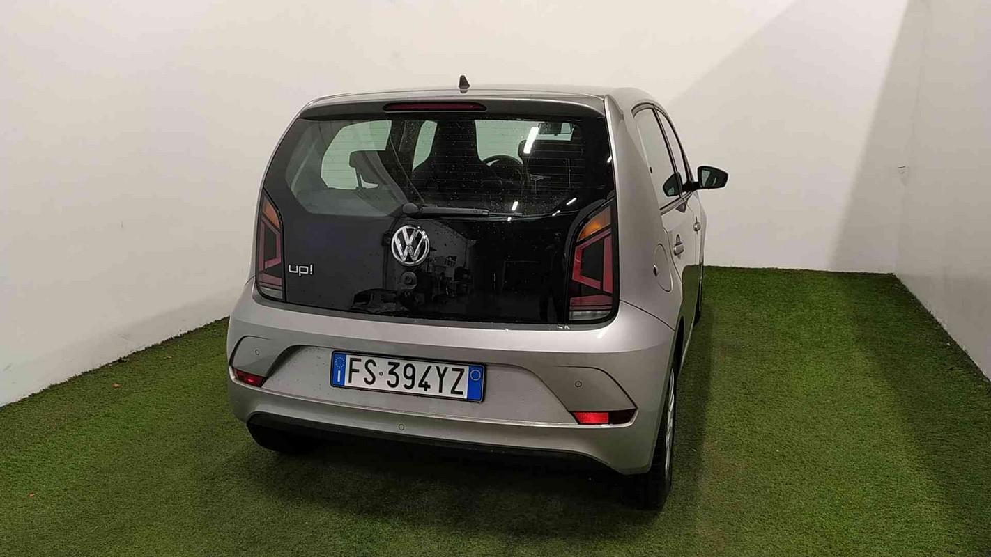 Volkswagen up! 6