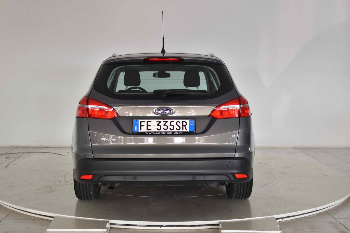 Ford Focus SW 1.5 TDCi 120 CV S&S Business Station Wagon 2014 6